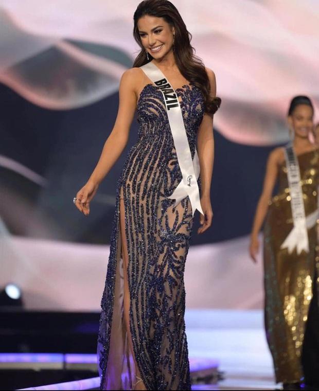Á hậu 1 Miss Universe 2020 từng diện quốc phục gây đau mắt, hành trang chinh chiến chỉ hơn 10 bộ đồ - Ảnh 12.