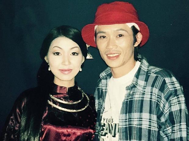 NÓNG: Nữ ca sĩ tự nhận là vợ chưa từng công khai của Hoài Linh kèm bằng chứng, lên tiếng để bảo vệ nam NS trước bà Phương Hằng? - Ảnh 8.