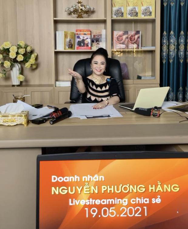 Đại gia Phương Hằng tuyên bố livestream đến 22:00 nhưng 21:25 đã tắt, dân mạng thông cảm: Chắc cô nói nhiều nên mệt - Ảnh 3.