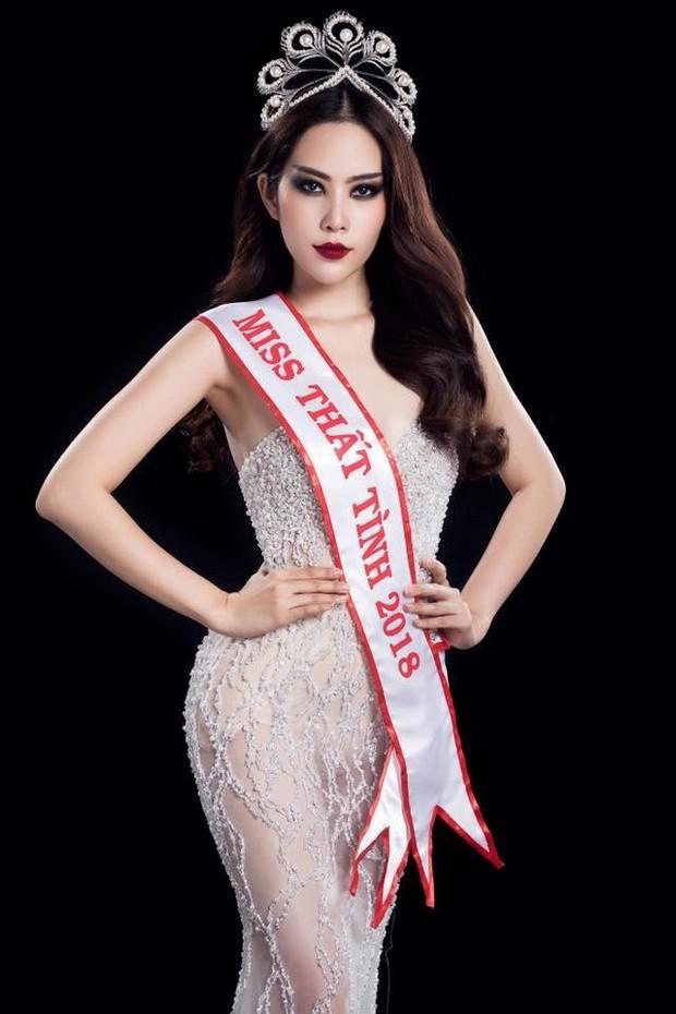 Cả dàn Hoa hậu và người đẹp Việt dính nghi án dùng hàng pha ke vì sở hữu 1 mẫu vương miện fake - Ảnh 7.