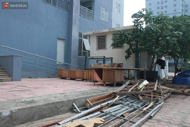 Hà Nội: Xót xa chung cư bỏ hoang trên đất vàng trở thành nơi đổ rác, kim tiêm la liệt - Ảnh 10.