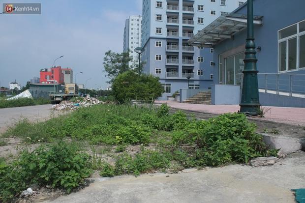 Hà Nội: Xót xa chung cư bỏ hoang trên đất vàng trở thành nơi đổ rác, kim tiêm la liệt - Ảnh 5.