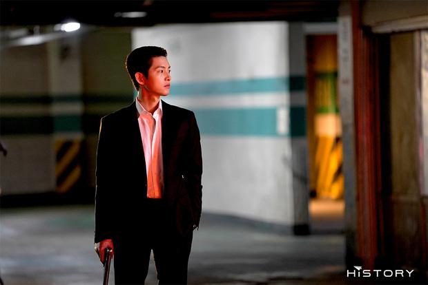 Tưởng ly hôn Song Hye Kyo thì tuột dốc nhan sắc, giờ Song Joong Ki đã làm được cú twist bùng nổ nhan sắc quá mlem - Ảnh 6.