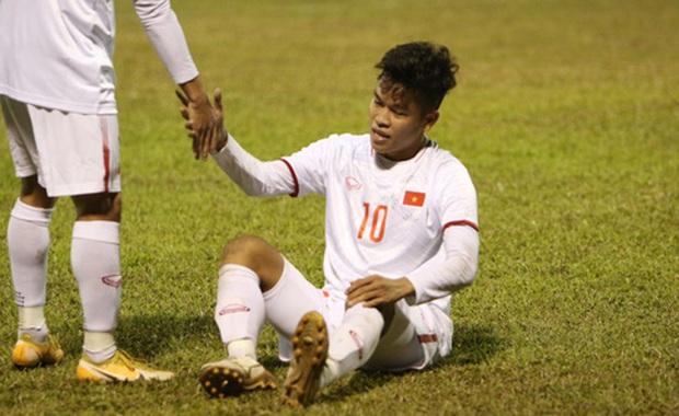 NÓNG: HLV Park Hang-seo gạch tên truyền nhân Quang Hải chỉ sau 1 trận đấu - Ảnh 1.