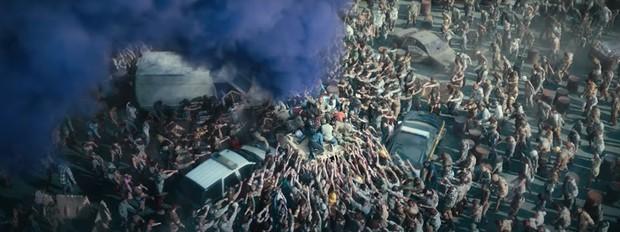 5 lý do Army of the Dead là bom tấn zombie đáng hóng nhất tuần này: Bạo lực lẫn cảnh nóng dồn dập, khán giả thế giới chấm điểm cực cao! - Ảnh 3.