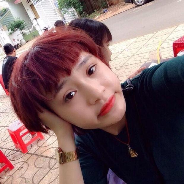 Netizen lại choáng với nhan sắc mới của Hiền Hồ: Cằm méo mó, gương mặt đơ cứng đáng ngại thật đấy! - Ảnh 3.