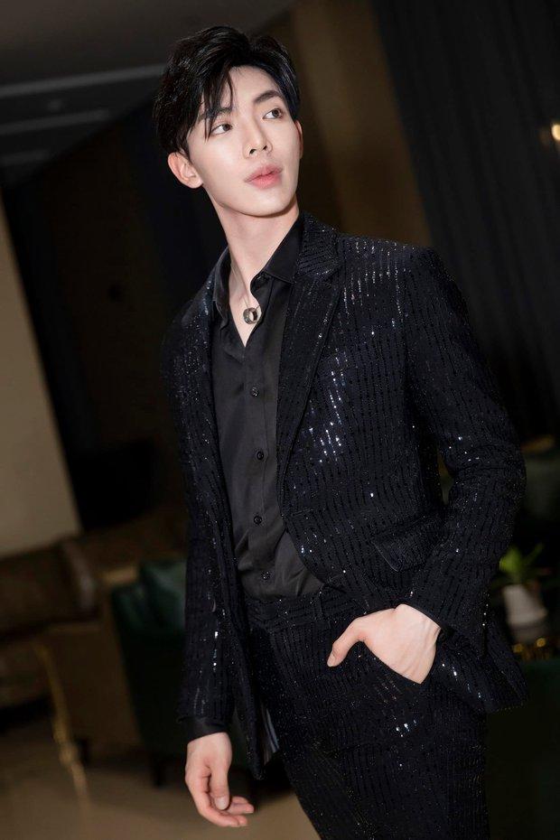 Sự thật phía sau nghệ danh ca sĩ Vpop: Sơn Tùng - Jack lựa tên rất ý nghĩa, Erik bốc đại còn Hoà Minzy chuẩn fan Kpop! - Ảnh 15.