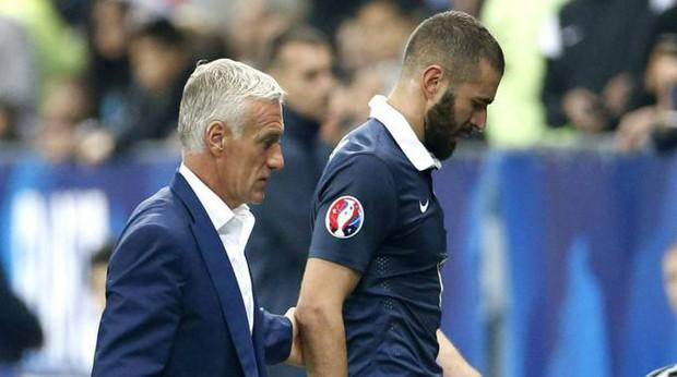 Benzema chính thức trở lại tuyển Pháp sau 6 năm kể từ bê bối dùng video nhạy cảm tống tiền đồng đội - Ảnh 3.