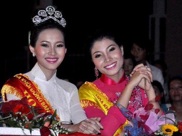 Cả dàn Hoa hậu và người đẹp Việt dính nghi án dùng hàng pha ke vì sở hữu 1 mẫu vương miện fake - Ảnh 6.