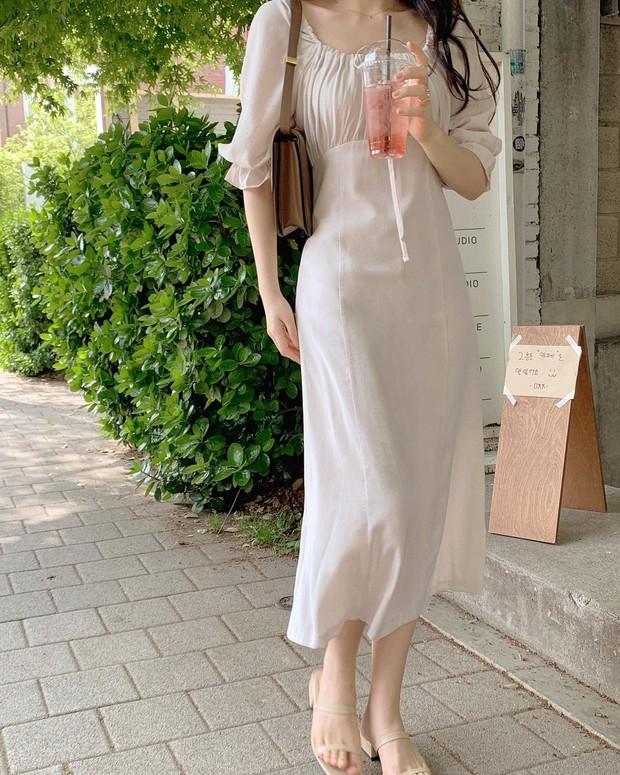 Các quý cô sành điệu đang rần rần diện đồ màu trắng, bạn còn chờ gì mà không bắt trend đi chơi hè - Ảnh 6.