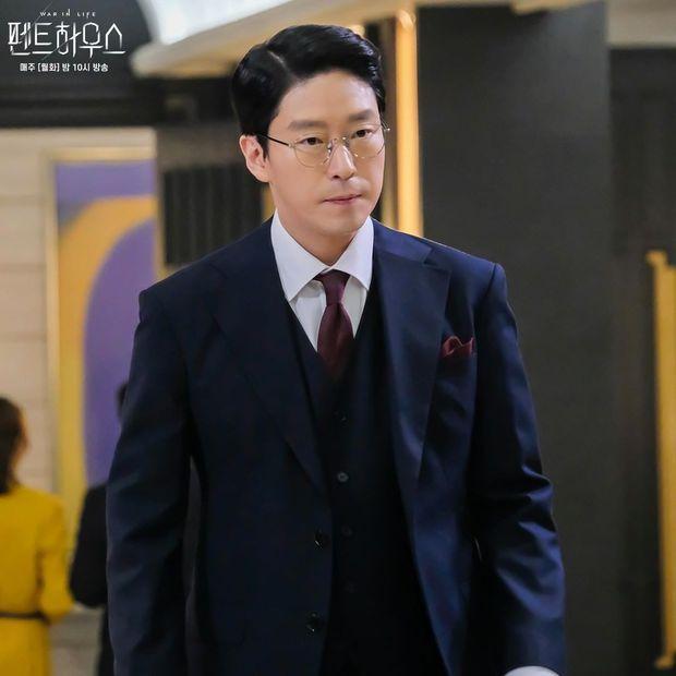 Hội sát nhân đẹp đến mất liêm sỉ ở phim Hàn: Ác ma Penthouse có bì nổi mỹ nam Park Bo Gum? - Ảnh 1.