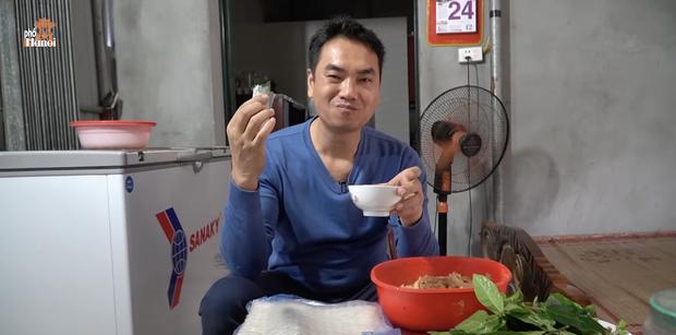 Sau loạt phát ngôn kỳ quặc về đồ ăn, Duy Nến (Hà Nội Phố) lọt danh sách các food reviewer phét rì viu do dân mạng bình chọn - Ảnh 1.