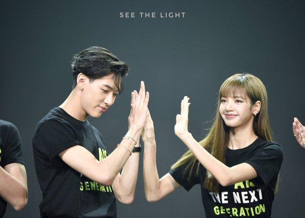 Sinh nhật hot nhất Kpop hôm nay: Lisa (BLACKPINK), Cha Eun Woo cùng loạt idol chúc mừng, Sunmi đến tận nơi quẩy chung - Ảnh 8.