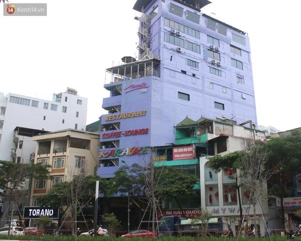 Ảnh: Quán karaoke, game ở Hà Nội lại ngủ đông giữa hè để phòng dịch Covid-19 - Ảnh 1.