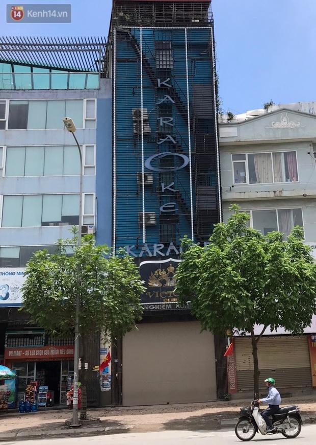 Ảnh: Quán karaoke, game ở Hà Nội lại ngủ đông giữa hè để phòng dịch Covid-19 - Ảnh 5.