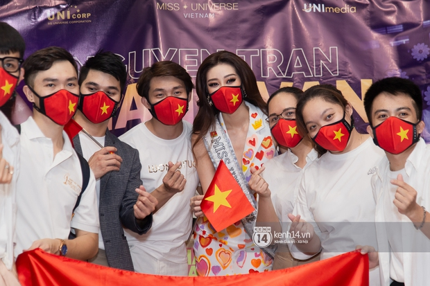 Hoa hậu Khánh Vân mang theo 15 vali sang Mỹ chinh chiến Miss Universe 2020, Á hậu Kim Duyên và fan có mặt cổ vũ - Ảnh 9.