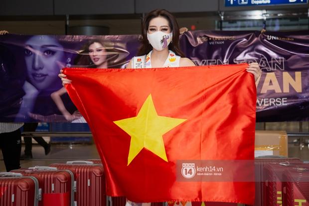 Hoa hậu Khánh Vân mang theo 15 vali sang Mỹ chinh chiến Miss Universe 2020, Á hậu Kim Duyên và fan có mặt cổ vũ - Ảnh 3.