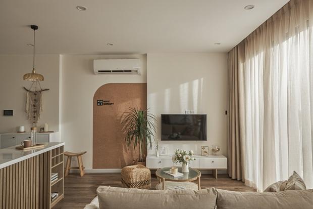 Vợ chồng trẻ tự thiết kế căn hộ Vinhomes đẹp siêu thực, riêng việc test sơn đã thấy max cầu kỳ - Ảnh 9.