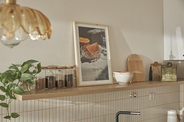 Vợ chồng trẻ tự thiết kế căn hộ Vinhomes đẹp siêu thực, riêng việc test sơn đã thấy max cầu kỳ - Ảnh 5.