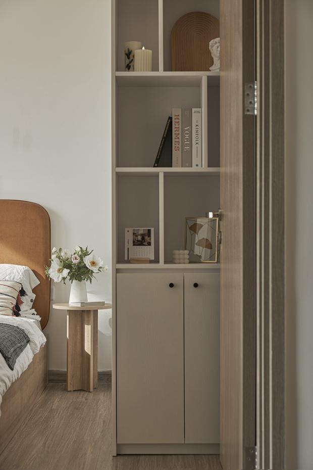 Vợ chồng trẻ tự thiết kế căn hộ Vinhomes đẹp siêu thực, riêng việc test sơn đã thấy max cầu kỳ - Ảnh 7.