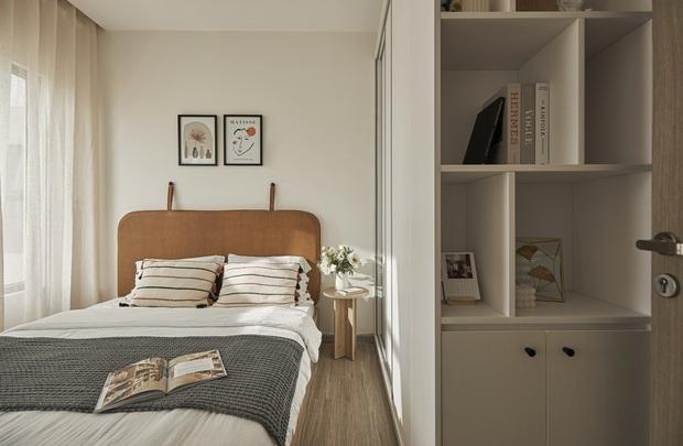 Vợ chồng trẻ tự thiết kế căn hộ Vinhomes đẹp siêu thực, riêng việc test sơn đã thấy max cầu kỳ - Ảnh 6.