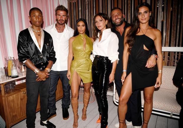 Victoria nổi trận lôi đình vì David Beckham tán tỉnh, hôn hít Kim Kardashian ngay trong sinh nhật mình? - Ảnh 8.