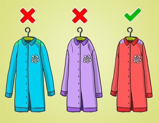 Mắc phải 9 sai lầm khi sắp xếp tủ đồ này, quần áo dù yêu thích đến mấy cũng sẽ sớm bị hỏng - Ảnh 3.