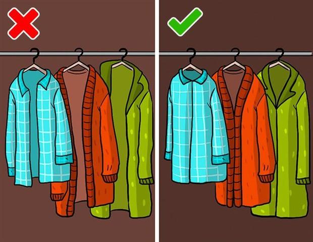 Mắc phải 9 sai lầm khi sắp xếp tủ đồ này, quần áo dù yêu thích đến mấy cũng sẽ sớm bị hỏng - Ảnh 9.
