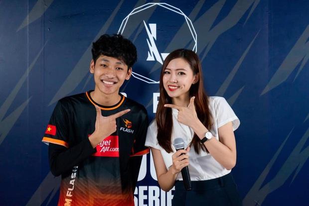 Bị bình luận khiếm nhã trên livestream, nữ MC Tốc Chiến chỉ âm thầm làm điều này khiến fan phục sát đất - Ảnh 10.