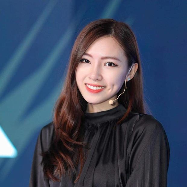 Bị bình luận khiếm nhã trên livestream, nữ MC Tốc Chiến chỉ âm thầm làm điều này khiến fan phục sát đất - Ảnh 8.