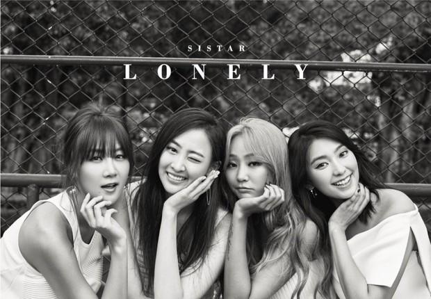 Visual lúc debut - tan rã của loạt nhóm nhạc Kpop: 2NE1 lên hương nhưng mặt Park Bom lại biến dạng, After School toàn mỹ nhân chân dài đắt giá - Ảnh 15.