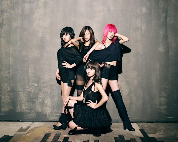 Visual lúc debut - tan rã của loạt nhóm nhạc Kpop: 2NE1 lên hương nhưng mặt Park Bom lại biến dạng, After School toàn mỹ nhân chân dài đắt giá - Ảnh 18.