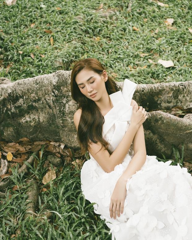 Võ Hoàng Yến khiến fan bất ngờ với bộ ảnh cực thơ và đầy nữ tính - Ảnh 8.