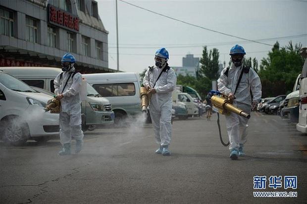 Đài Loan (Trung Quốc) nâng mức cảnh báo dịch COVID-19 - Ảnh 1.