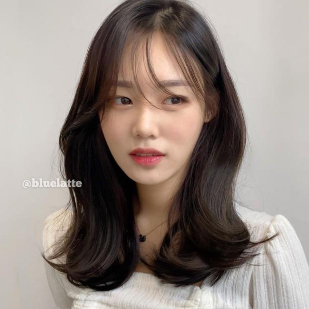 Hoa hậu truyền thống Hàn gây sốc với gương mặt méo xệch khi đăng quang, kéo đến ảnh đời thường lại há hốc vì visual thần thánh - Ảnh 9.