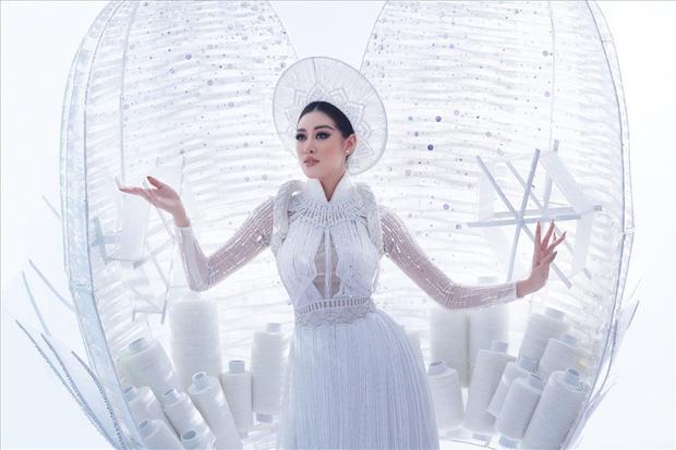 Thi 3 năm rồi, HHen Niê vẫn lọt BXH quốc phục gây bất ngờ nhất lịch sử Miss Universe, Khánh Vân - Hoàng Thuỳ cũng được nhắc tới - Ảnh 6.