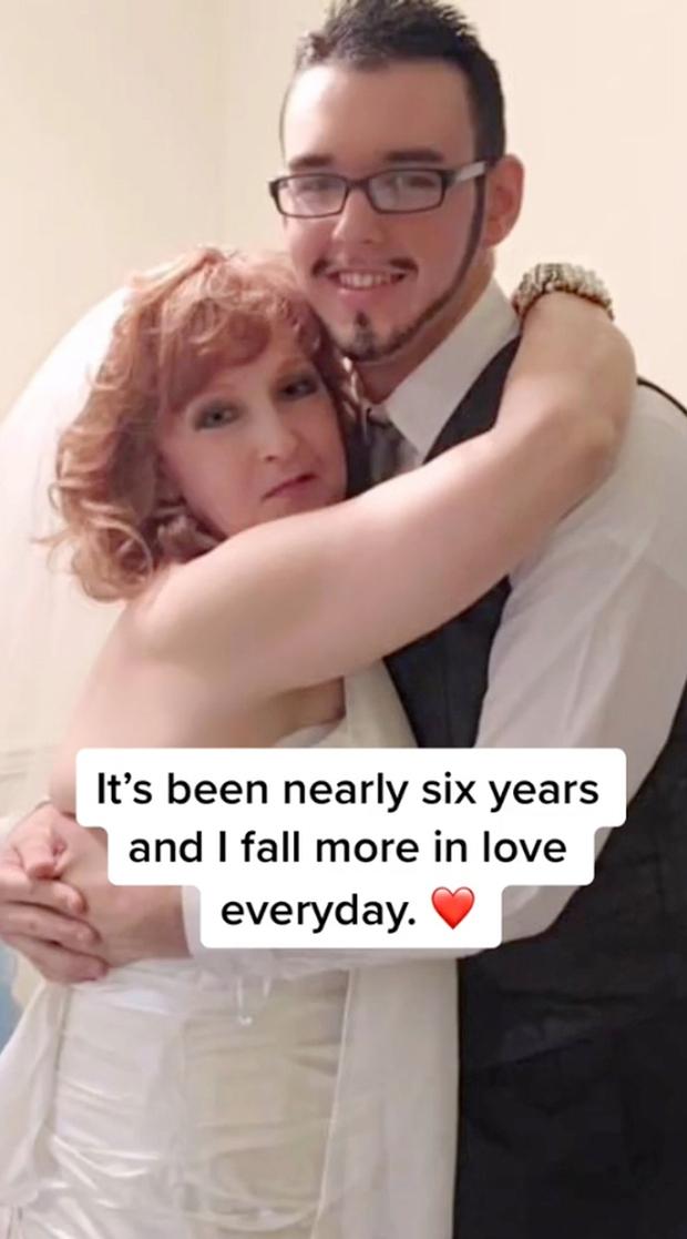Chàng trai 18 tuổi cưới bà nội 71 tuổi của bạn, bị cả MXH nghi ngờ năm nào chia sẻ về cuộc sống hiện tại sau 6 năm kết hôn - Ảnh 2.