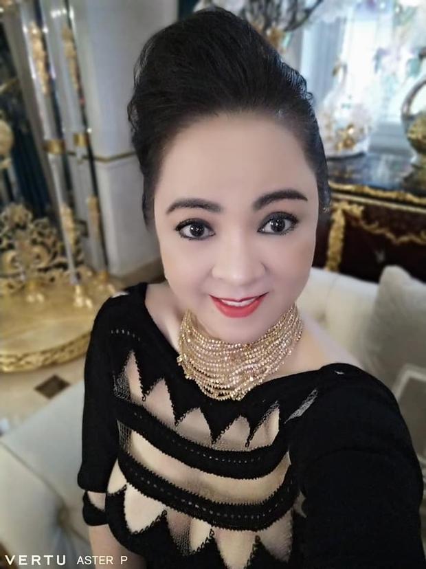 Nam thanh niên giúp bà Phương Hằng tìm ra antifan khoe đã nhận thưởng nóng 1 tỷ đồng đúng như lời hứa trước đó - Ảnh 1.