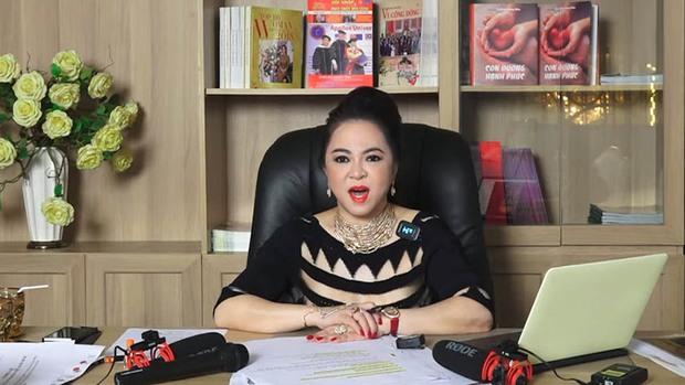 Làm náo loạn cả showbiz Việt, Bà Phương Hằng hot như thế nào trên mạng xã hội? - Ảnh 1.