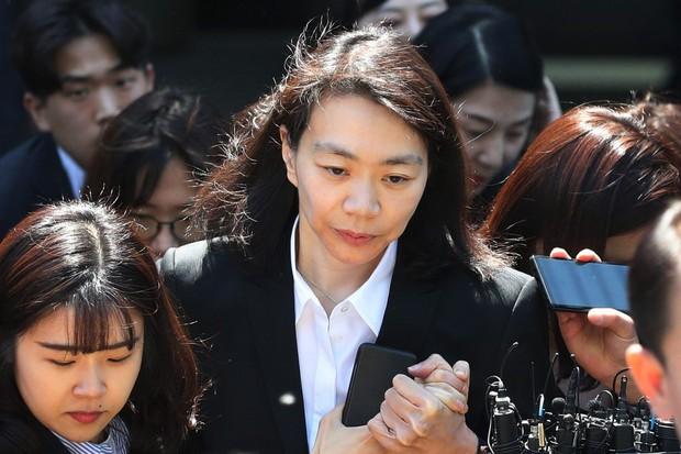 Tiểu thư chaebol đánh chồng như cơm bữa ở Mine là chuyện thật 100% của nhà tài phiệt drama nhất xứ Hàn? - Ảnh 5.