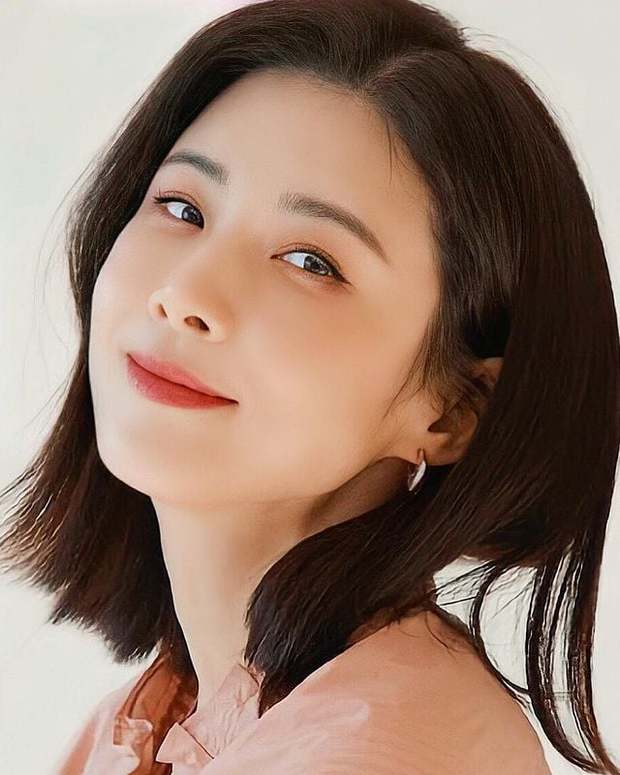7 chị đại U50 đẹp nức nở ở phim Hàn: Hội Penthouse xịn đấy nhưng không qua nổi độ ngầu của mợ cả Mine - Ảnh 4.