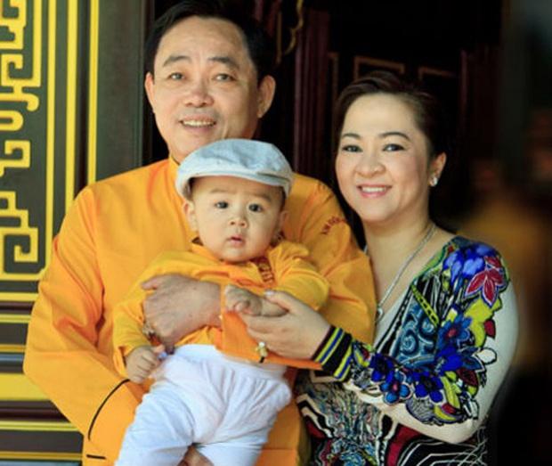 Con trai bà Phương Hằng: 1 tuổi đã xác định là người thừa kế khối tài sản khổng lồ, sinh nhật 18 tuổi nhận quà nghìn tỷ! - Ảnh 5.