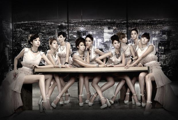 Visual lúc debut - tan rã của loạt nhóm nhạc Kpop: 2NE1 lên hương nhưng mặt Park Bom lại biến dạng, After School toàn mỹ nhân chân dài đắt giá - Ảnh 8.