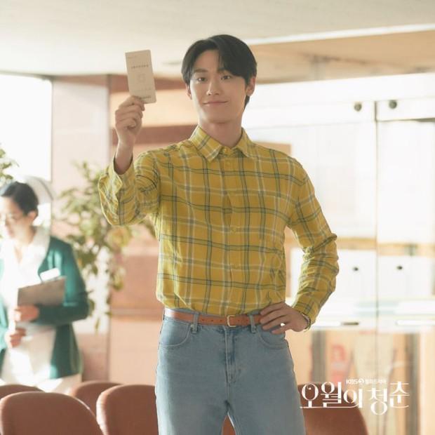 Youth of May: Bản nhạc tình yêu ngọt sủng viết bằng máu và cái chết, Lee Do Hyun bùng nổ visual khiến ai cũng đòi gả! - Ảnh 12.