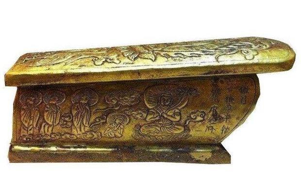 Mở 3 lớp áo quan mới phát hiện một quan tài bằng vàng ròng, nhưng 13 năm qua không ai dám mở, lý do là gì? - Ảnh 4.