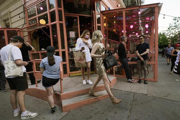 Một New York khác lạ: Thành phố không ngủ rùng mình thức giấc sau cơn ác mộng dài mang tên Covid-19 - Ảnh 4.