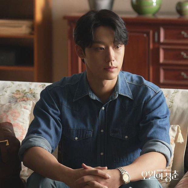 Youth of May: Bản nhạc tình yêu ngọt sủng viết bằng máu và cái chết, Lee Do Hyun bùng nổ visual khiến ai cũng đòi gả! - Ảnh 8.