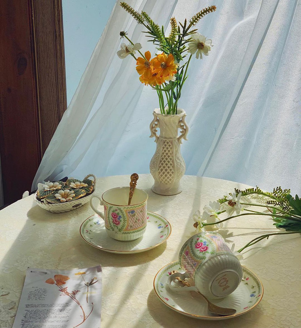 Mở tiệc trà ngay tại nhà với những bộ ấm tách đẹp long lanh chanh sả giá chỉ từ 250k - Ảnh 1.