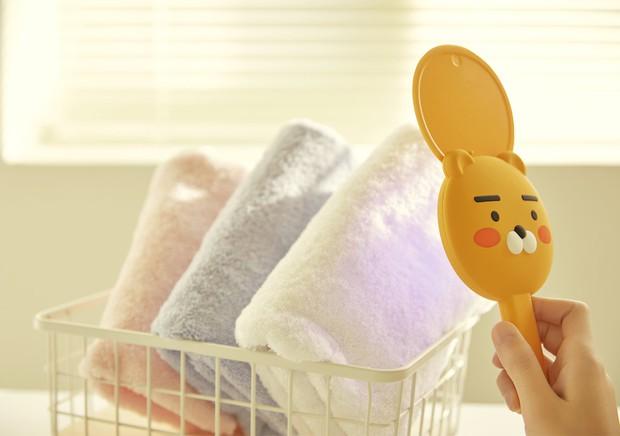 Kakao Friends có cả loạt đồ cưng xỉu cho mùa dịch: Từ máy tiệt trùng cầm tay đến máy rửa tay cảm biến - Ảnh 3.