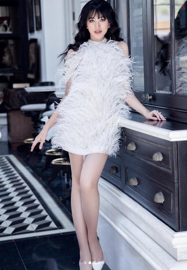 Dàn Hoa hậu ngoan hiền Vbiz phá kén hở bạo: Mai Phương Thuý - Tiểu Vy phô triệt để vòng 1, Khánh Vân và Đỗ Hà lột xác bất ngờ - Ảnh 16.